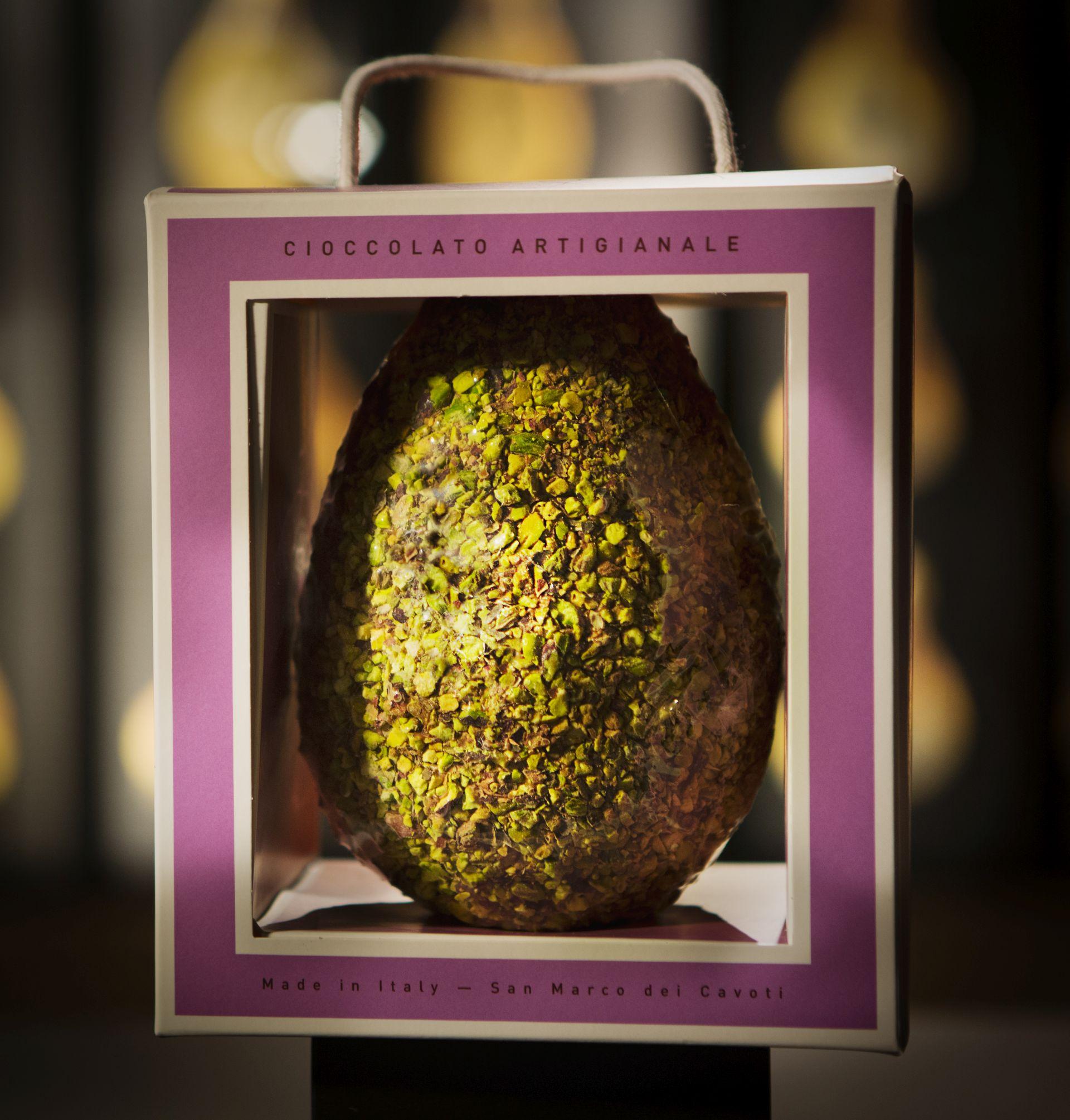 Uovo Artigianale al Pistacchio di Bronte dop